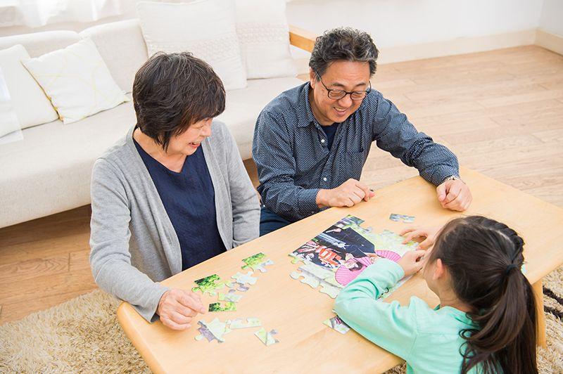 家族で楽しくジグソーパズル